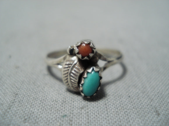 Exceptional Vintage Native American Navajo Turquoise Coral Sterling Silver Ring