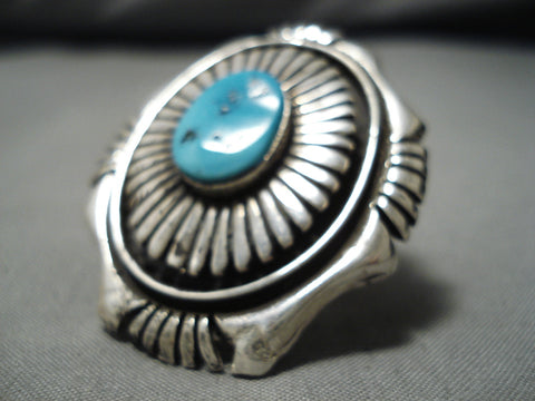 Striking Vintage Navajo Turquoise Sterling Silver Native American Ring Old