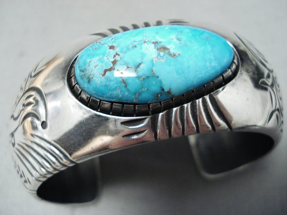 Exceptional Vintage Native American Navajo Kingman Turquoise Sterling Silver Bracelet Signed