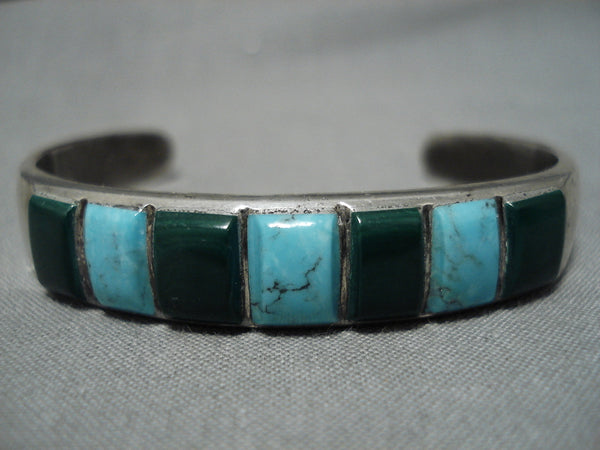 Superior Vintage Native American Navajo Blue Diamond Turquoise Sterling Silver Bracelet Old