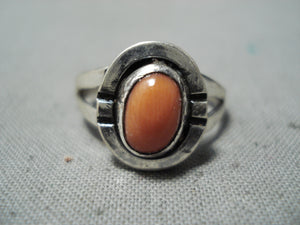 Beautiful Vintage Native American Navajo Coral Sterling Silver Ring Old
