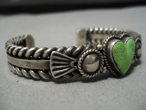 Important Vintage Native American Navajo Heart Gaspeite Sterling Silver Bracelet Old Cuff