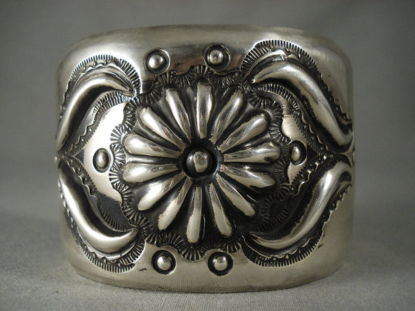 Advanced Native American Jewelry Silver Work Vintage Navajo 'Hand Hammered' Native American Jewelry Silver Bracelet