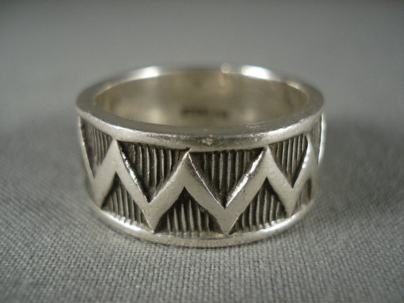 Advanced Native American Jewelry Silver Work Vintage Navajo 'Zig Zag' Native American Jewelry Silver Ring-Nativo Arts