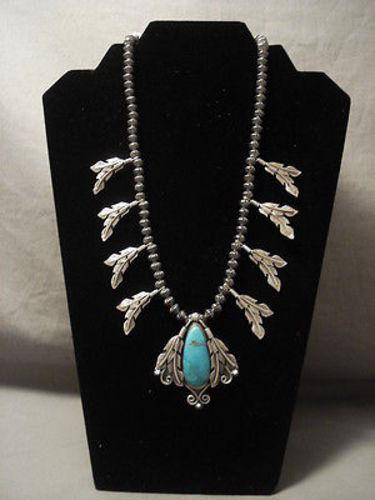 ADVANCED WORKMANSHIP VINTAGE NAVAJO HOGAN SILVER BEAD TURQUOISE FEATHER NECKLACE-Nativo Arts