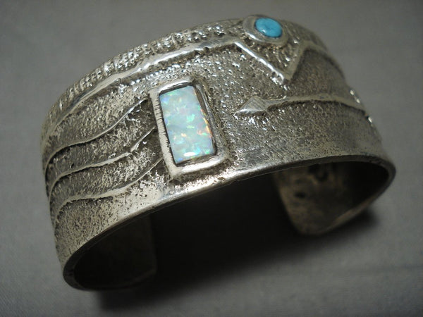 Amazing Modernsitic Navajo 'Opal And Native American Jewelry Silver Arrow' Thick Native American Jewelry Silver Bracelet
