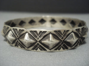 Amazing Navajo Sterling Native American Jewelry Silver Repoussed Bangle Bracelet-Nativo Arts