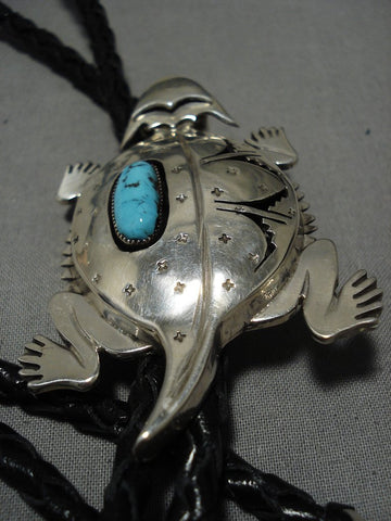 Astonishing Vintage Native American Navajo Sterling Silver Horned Toad Turquoise Bolo Tie-Nativo Arts