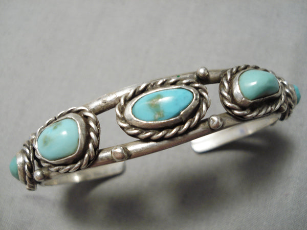 Wonderful Vintage Native American Navajo Turquoise Sterling Silver Bracelet Old