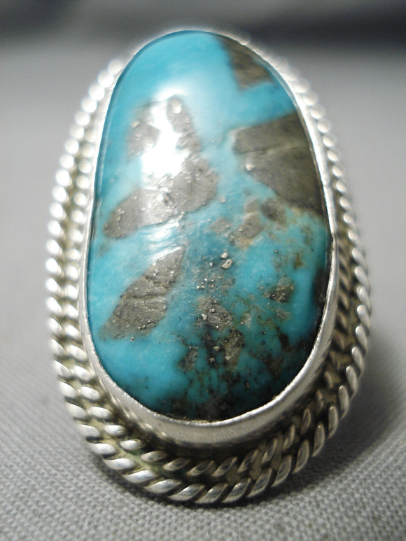 Striking Vintage Navajo Huge Turquoise Sterling Silver Native American Ring