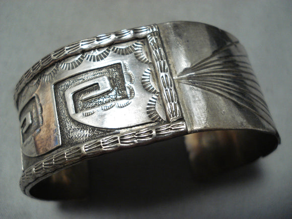 Detailed Intricate Vintage Native American Navajo Sterling Silver Geomtric Bracelet