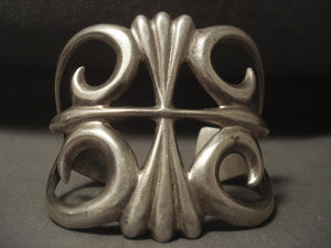 Colossal Vintage Navajo 'Thorn' Native American Jewelry Silver Bracelet-Nativo Arts
