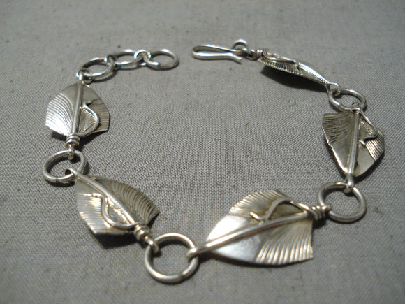 Marvelous Vintage Native American Navajo Sterling Silver Leaves Bracelet