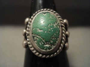 EARLIER 1900'S VINTAGE NAVAJO GREEN TURQUOISE SILVER RING OLD-Nativo Arts