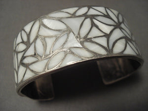 Earlier 1900's Vintage Zuni Mother Of Pearl Native American Jewelry Silver Bracelet Old-Nativo Arts