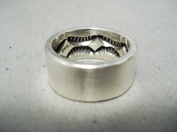 Heavy Internet Deep Stamp Vintage Native American Navajo Sterling Silver Ring