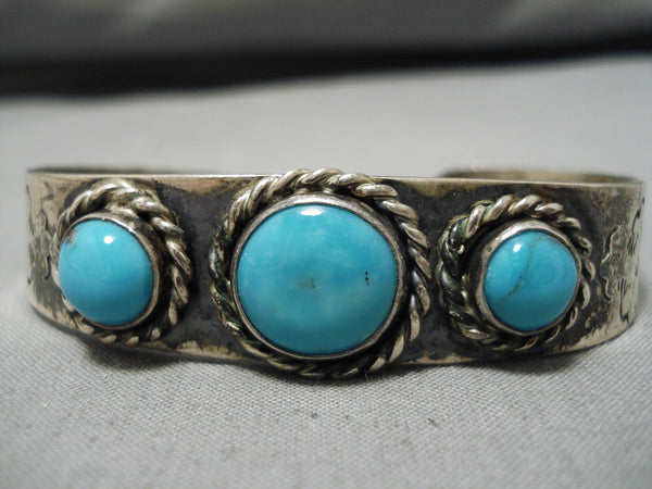 Incredible Vintage Native American Navajo Blue Gem Turquoise Sterling Silver Bracelet Cuff