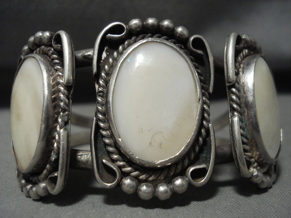 Fabulous Vintage Navajo *domed Mother Of Pearl* Native American Jewelry Silver Bracelet Old