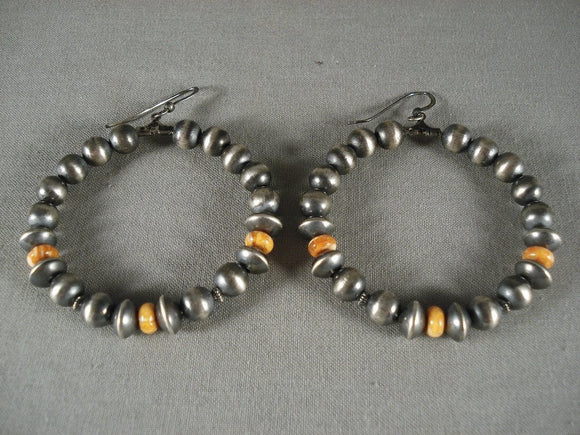Fabulous Vintage Navajo Spiny Oyster Native American Jewelry Silver Bead Earrings-Nativo Arts