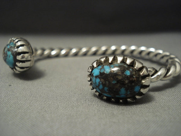 Fascinating Vintage Navajo Domed Turquoise Sterling Native American Jewelry Silver Bracelet