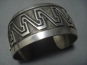 Illustrious!! Vintage Navajo ''waves Of Water'' Sterling Native American Jewelry Silver Bracelet-Nativo Arts