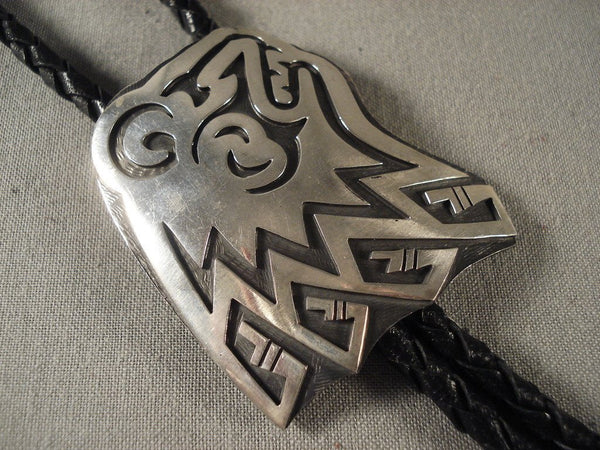 Important Vintage Hopi rising Bear Native American Jewelry Silver Bolo Tie Old-Nativo Arts