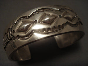 Important Vintage Navajo Cecil Lee Hand Repoussed Native American Jewelry Silver Bracelet-Nativo Arts
