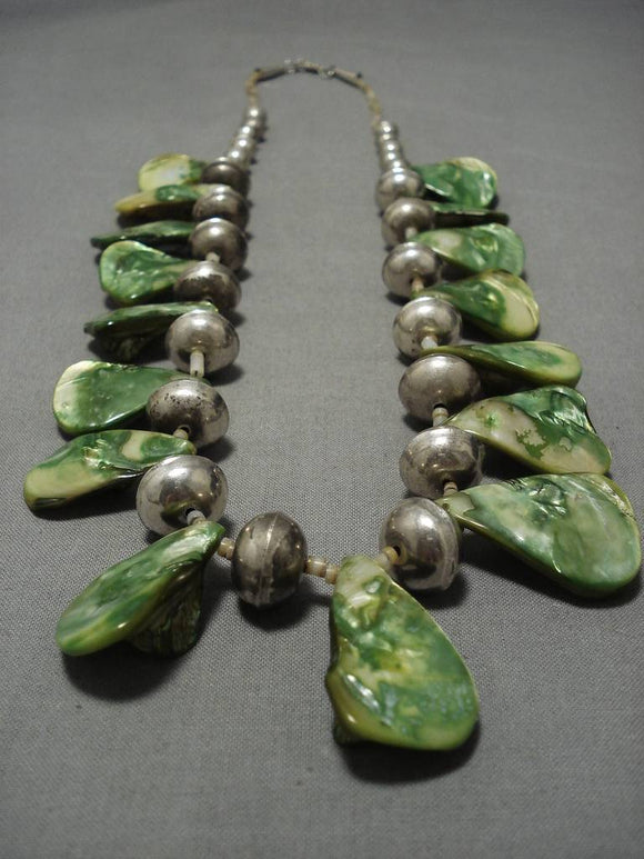 Incredible 98 Gram Vintage Native American Navajo Sterling Silver Green Shell Necklace Old-Nativo Arts