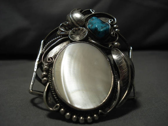 Magnificent Vintage Native American Navajo Domed Shell Sterling Silver Bracelet Old-Nativo Arts