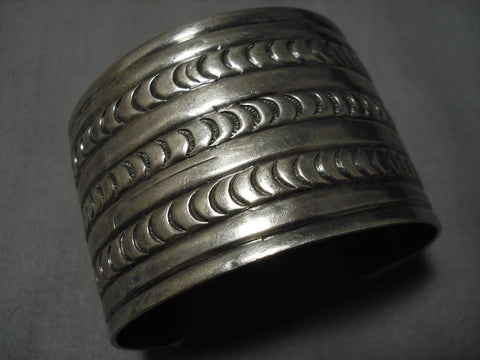 Magnificent Vintage Native American Navajo Early Sun Stampings Sterling Silver Bracelet Old-Nativo Arts