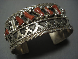 Museum Quality!! Vintage Navajo Native American Jewelry jewelry Coral Sterling Silver Bracelet-Nativo Arts