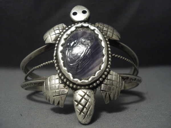 Museum Quality Vintage Navajo Purple Shell Sterling Native American Jewelry Silver Bracelet Old Pawn