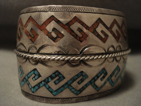 Museum Vintage Navajo 'Coral And Water Wave' Native American Jewelry Silver Bracelet Old-Nativo Arts