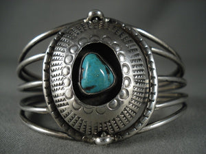Museum Vintage Navajo 'Native American Jewelry Silver Shield' Turquoise Bracelet Old-Nativo Arts