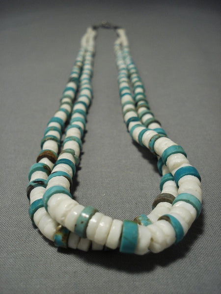 Older Vintage Santo Domingo Turquoise Shell Native American Jewelry Silver Necklace