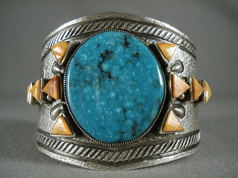 Omg So Unique Navajo 100 Grams Native American Jewelry Silver Spiderweb Triangle Oyster Bracelet-Nativo Arts