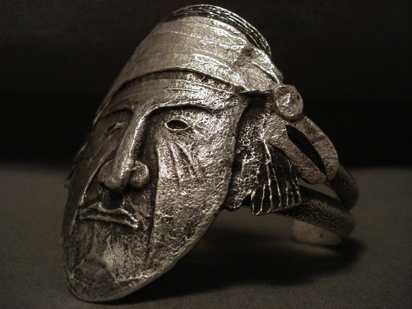 Omg Vintage Navajo Important Indian Head Native American Jewelry Silver Tufa Bracelet