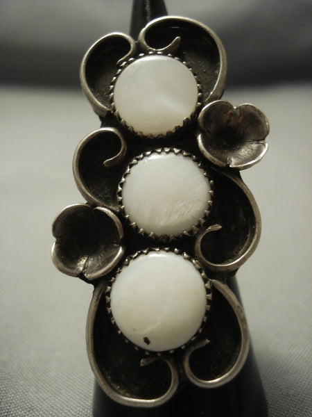 One Of The Best Vintage Navajo Mother Of Pearl Sterling Native American Jewelry Silver Ring