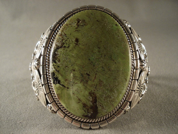One Of The Finest Vintage Navajo Gaspeite Native American Jewelry Silver Bracelet