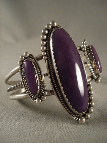 Remarkable Vintage Navajo Sugulite Native American Jewelry Silver Bracelet Old-Nativo Arts