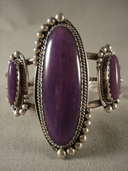 Remarkable Vintage Navajo Sugulite Native American Jewelry Silver Bracelet Old