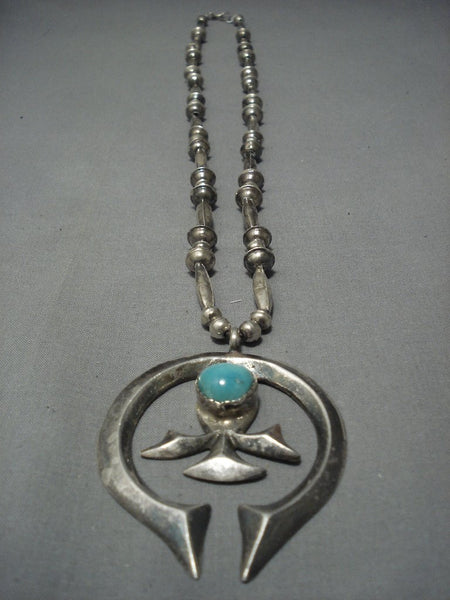 Stunning Hand Wrought Vintage Navajo Turquoise Sterling Native American Jewelry Silver Necklace Old