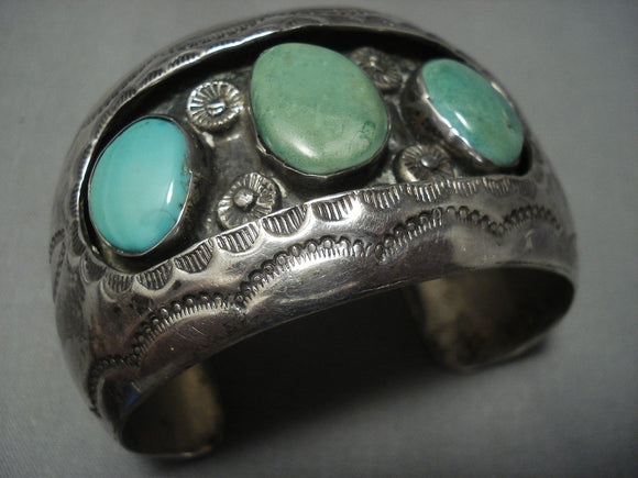 Stunning Vintage Navajo Green Turquoise Sterling Native American Jewelry Silver Bracelet Old Pawn-Nativo Arts