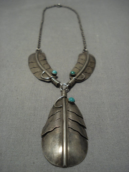 Superior Vintage Native American Navajo Feather Sterling Silver Necklace Old