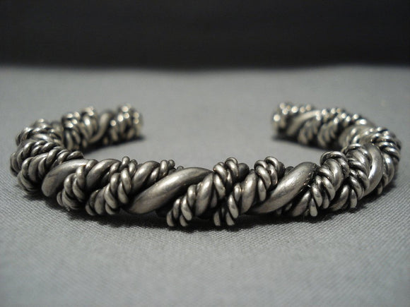Very Thick Hvy Vintage Navajo Native American Jewelry jewelry Sterling Silver Coiled Bracelet Old-Nativo Arts