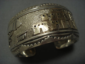Wide Vintage Navajo Native American Jewelry jewelry Gold Sterling Silver Pueblo Bracelet Old-Nativo Arts