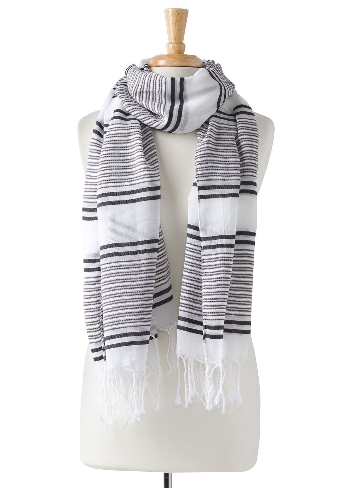 Lindell Scarf