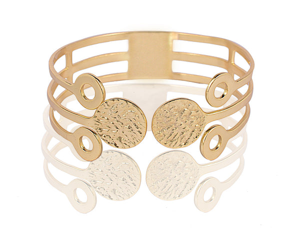 Juno Bangle in Gold