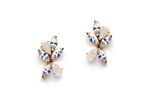 Gala Earrings in White