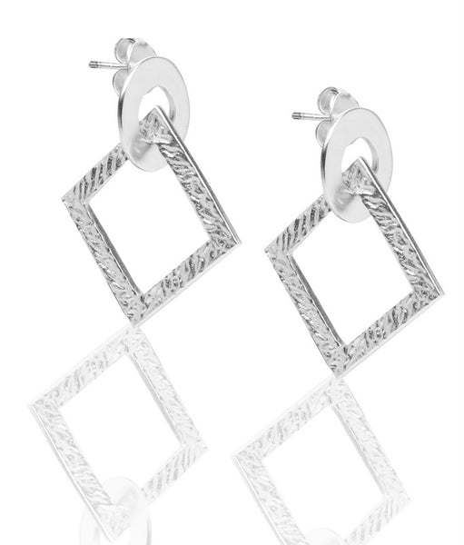 Link Earrings in Silver